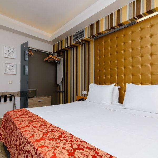 Bedroom - Rooms and Suites images - KASTRO HOTEL, Gallery of Photos